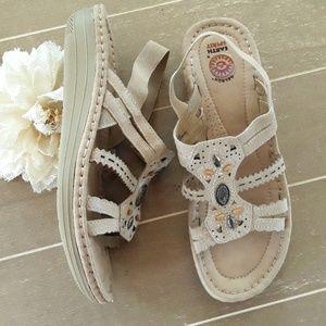Earth Spirit Gelron Leather Sandals
